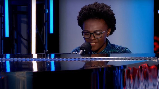 American Idol Judges Brought to Tears after Learning Church Sent Once-Homeless Girl to Audition