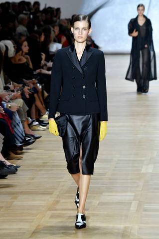 Akris : Runway - Paris Fashion Week - Womenswear Spring Summer 2020