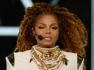 An Emotional Janet Jackson Breaks Down While Singing About Domestic Violence