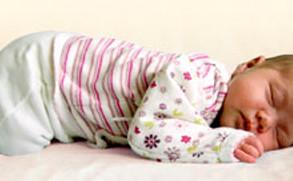 Postura do bebê ao dormir - Diário do Nordeste.