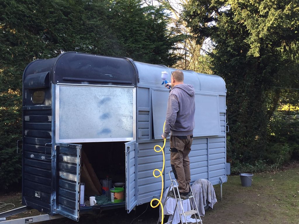 Customising a rice horsebox for mobile catering.