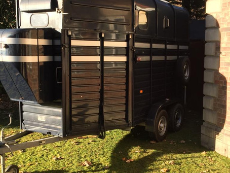 """""""Horace"""" the pizza catering horsebox."""