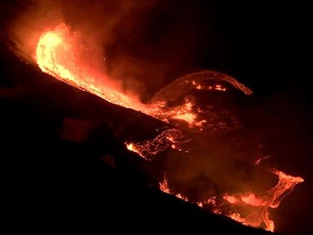 Hawaii Volcano Creates Huge Lava Lake