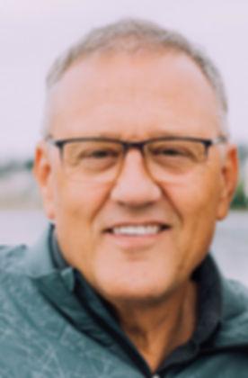 Dr.ScottLarsonBio_2019.jpg