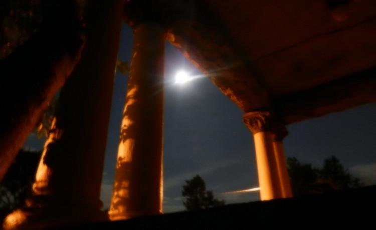 MoonPillars2501.jpg