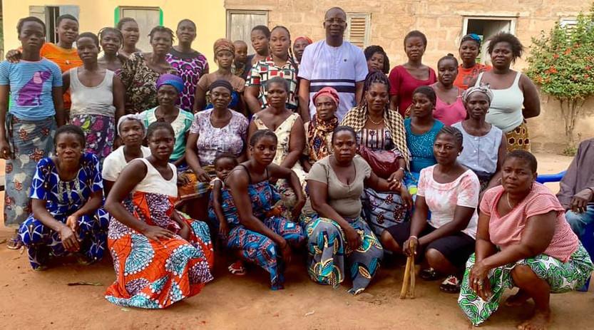 Dr. Thon rencontre la jeunesse à Bagbe
