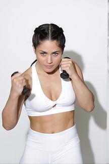 Grils Fit & Fight : Boxe féminine, self défense, renforcement musculaire, cardio training, stretching, sophrologie, méditation