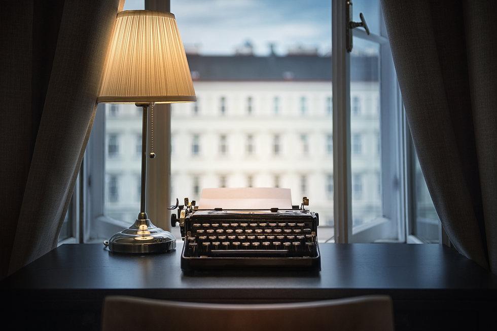 vintage typewriter ini window.jpg