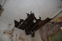 Ceiling_Damage_Small.jpg