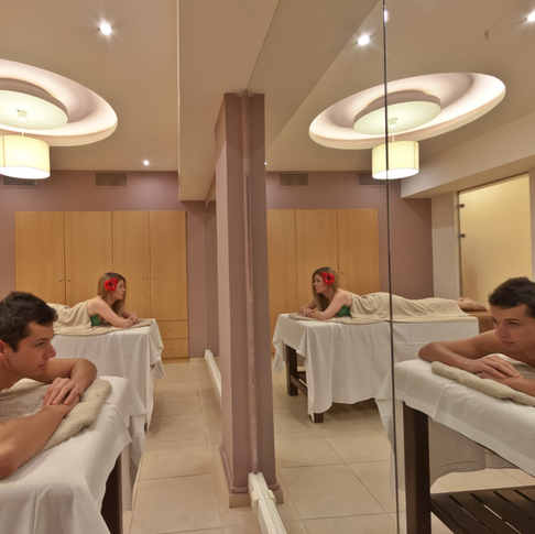 Couples' massage