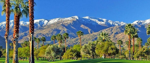 Palm-Springs-golf-snow-capped-mountains_