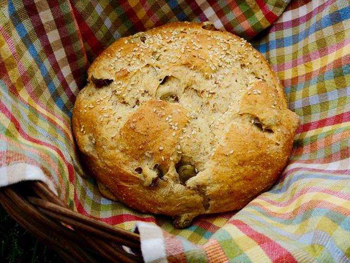 Green Olive-Pimento Bread
