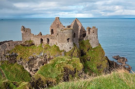 dunluce-castle-ruins-county-antrim-north