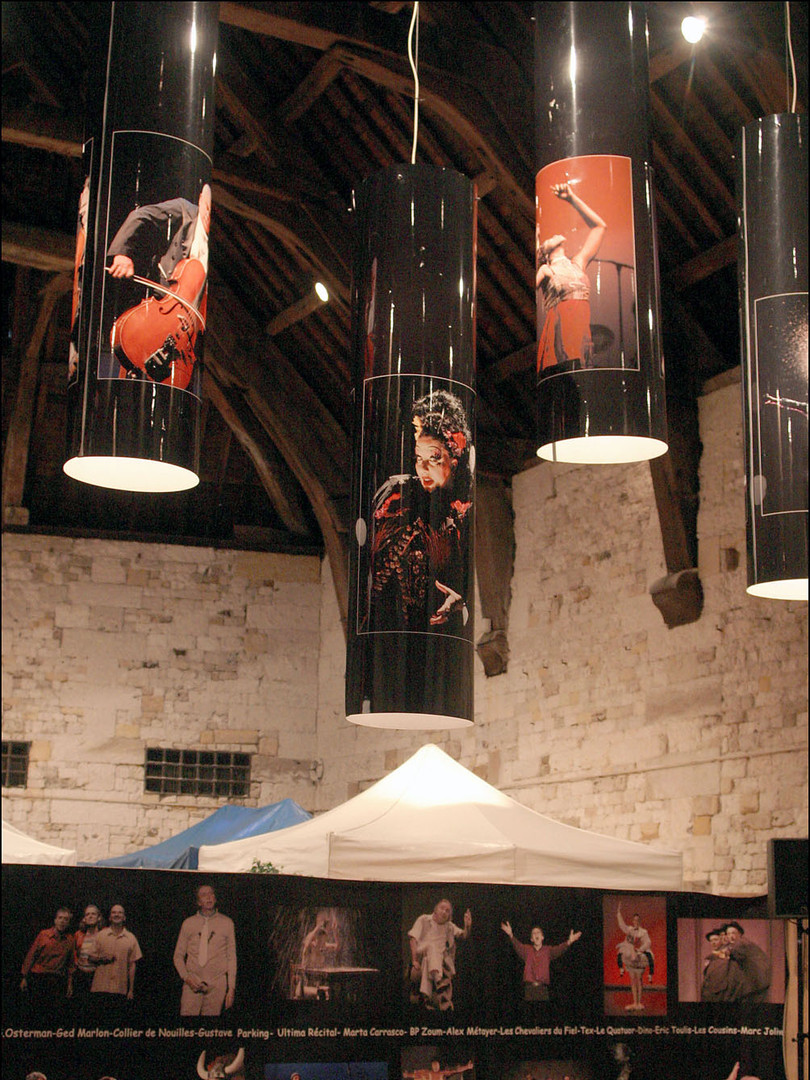 """""""éclats de scène"""" en 2003 à Honfleur pour le Festival Estuaire d'En Rire"""