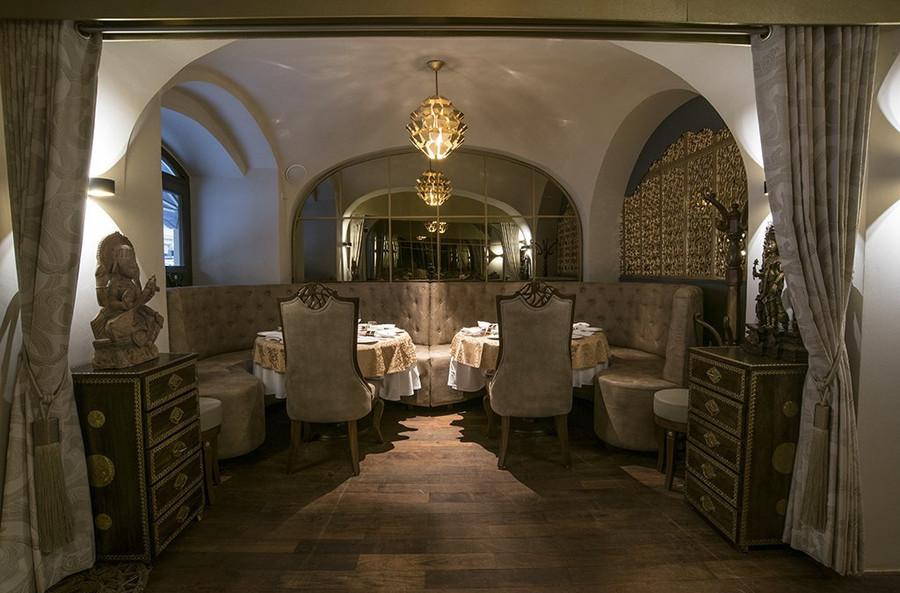 Sangam Restaurant (8).jpg