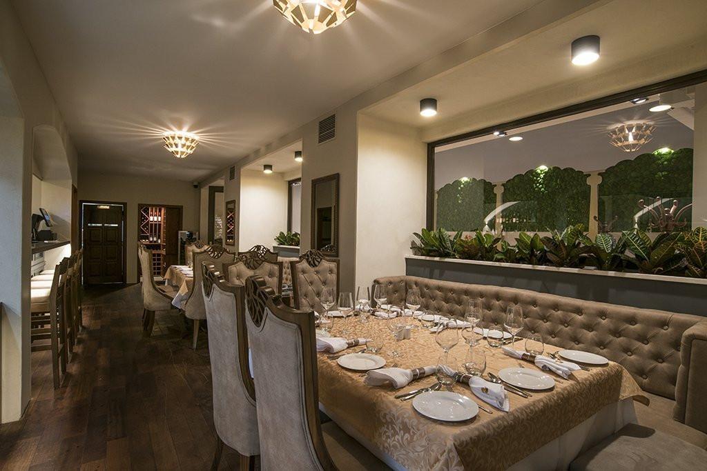 Sangam Restaurant (5).jpg