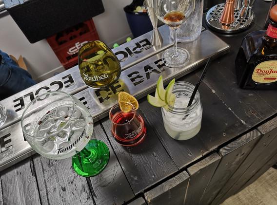 Bar & cocktails