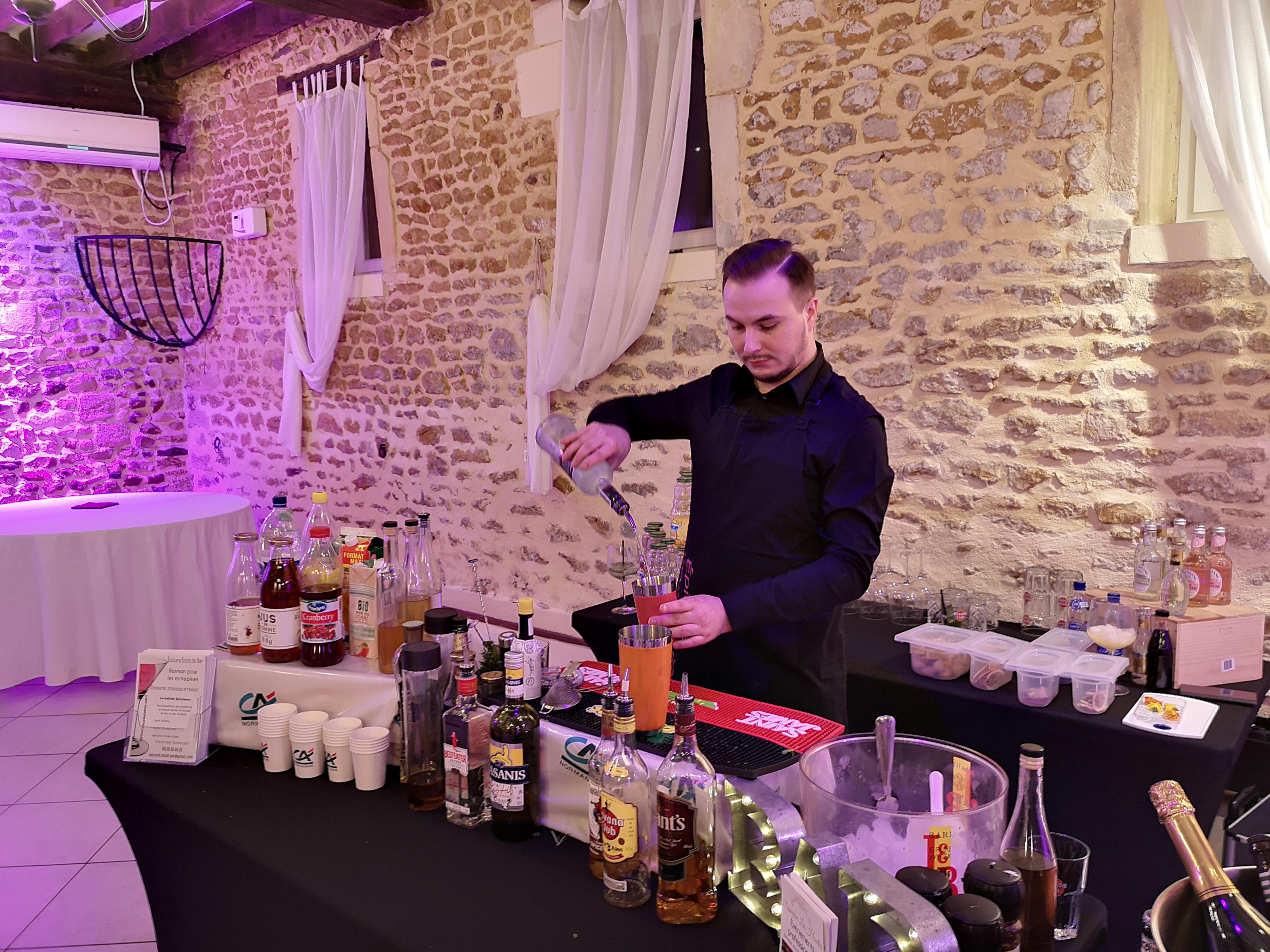 CQP Barman monde de la nuit