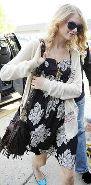 TAYLOR SWIFT carries a MCFADIN Fringe Bag