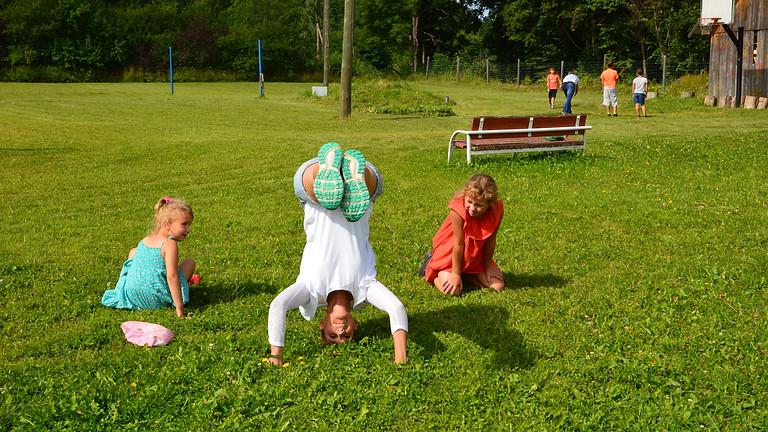 Karma-Yoga Woche im Kinderdorf Grasu in Lettland
