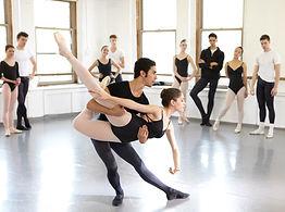 Joffrey-Ballet-School-Class.jpg