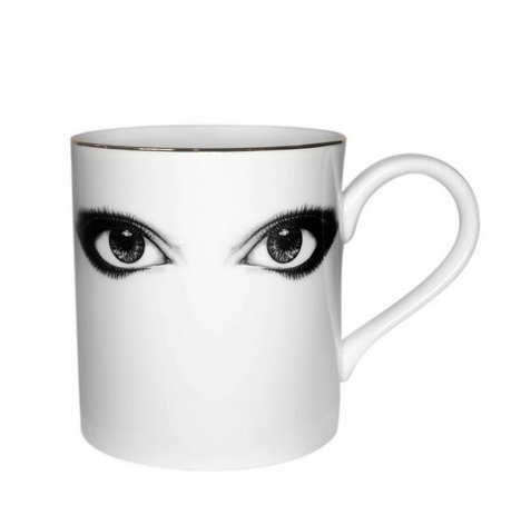 MUG LOOKING AT YOU
