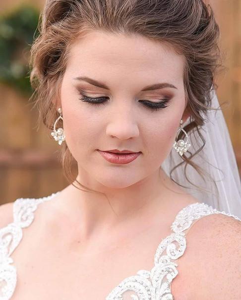 She was such a beautiful bride!!_._._._.jpg