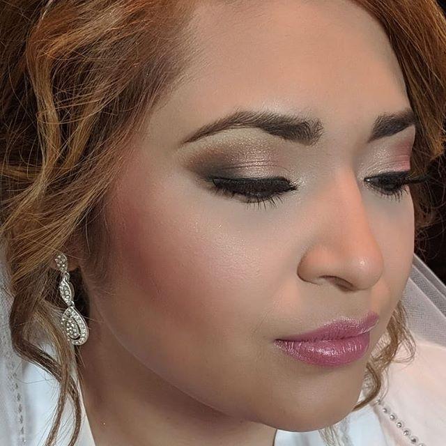 A few close ups of my brides makeup toda