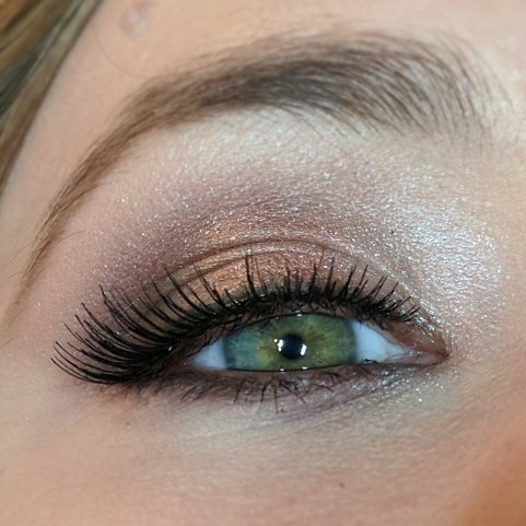 Bridesmaid makeup!! These ladies had the most beautiful eyes!!_._._