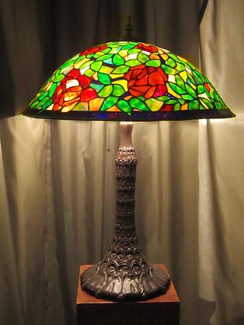 Rosebush Table Lamp-2.png