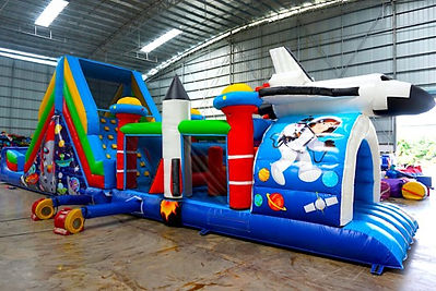 Outer-Space-Inflatable-Obstacle-.jpg