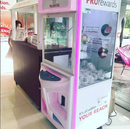 prudential-Arcade-Claw-Machine-Rental.jpg