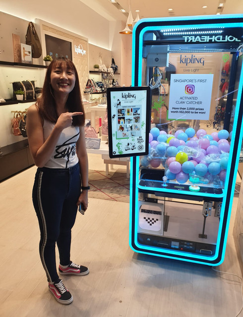 claw machine for rent singapore