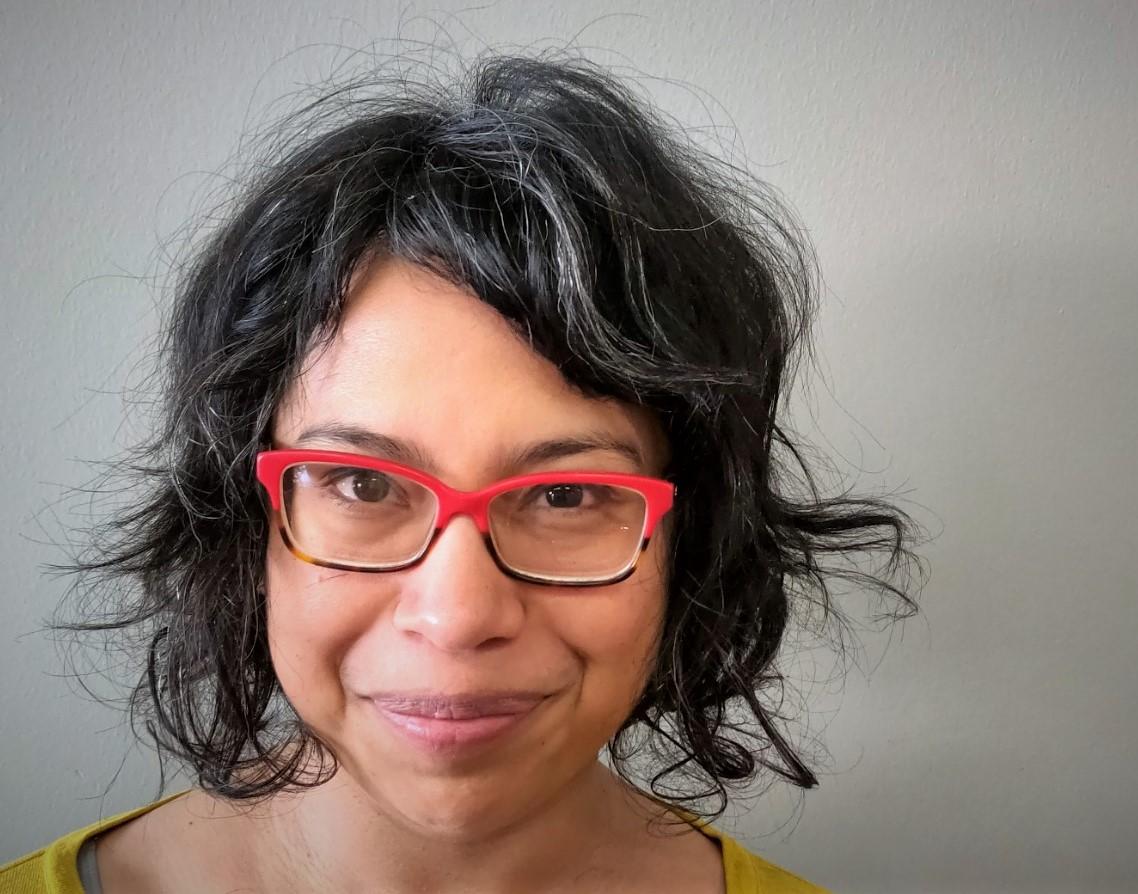curlcraft_curly_hair_cutting_method_onli
