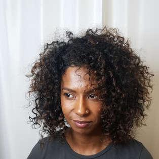airy asymmetrical_curly hair specialist_haircut_hair_PDX hairstylist