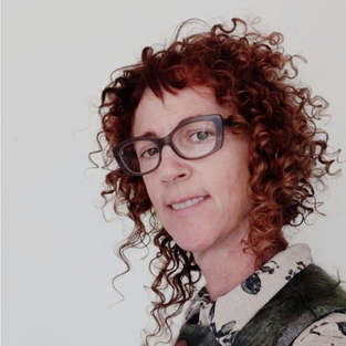 curly_hair_specialist_undercut_organic