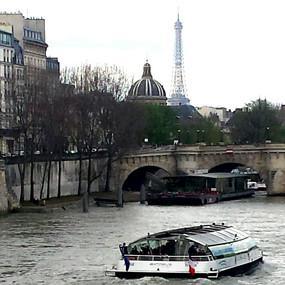 Bateau Moche, Paris