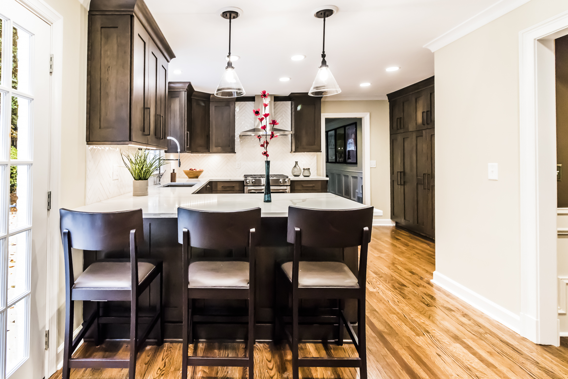 Spacious Contrasting Kitchen, Sandy Springs