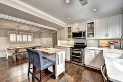 Small Airy Kitchen, Gainesville