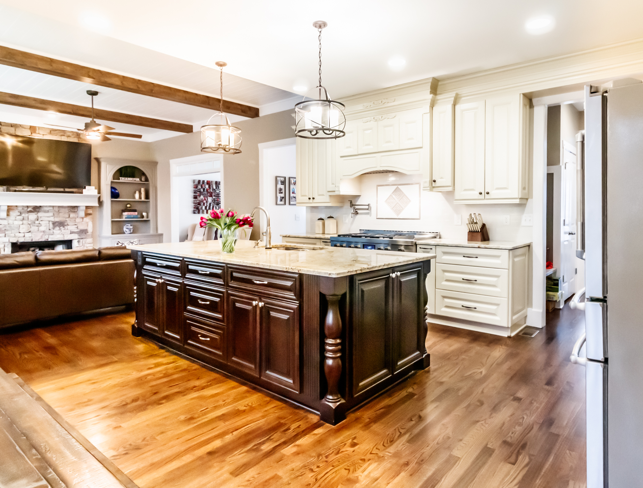 Stunning Traditional Kitchen, Suwannee