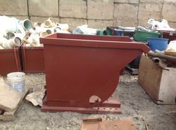 1to2 cy self dumping scrap pan.jpg