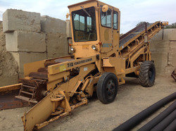 Athey 712D Force Feed Loader sn 703455.jpg
