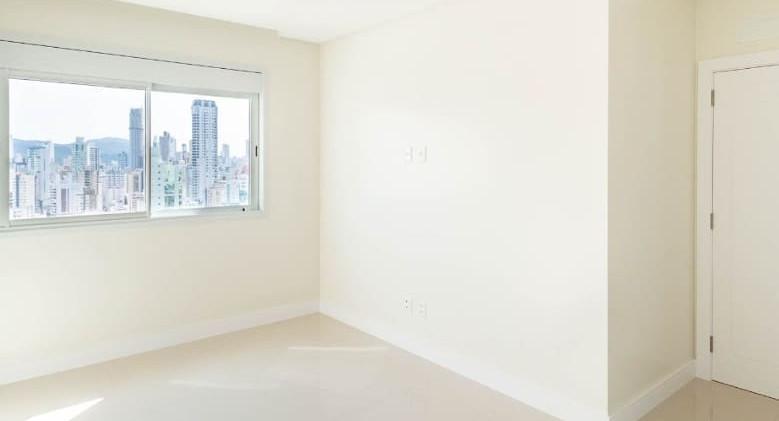Apartamento novo no Centro de B.C