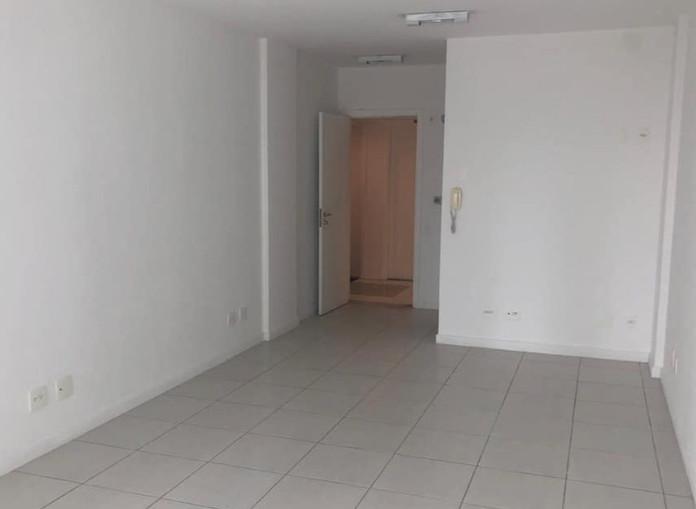 Sala Comercial a venda No centro de Itajaí