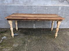 Hartlot Table