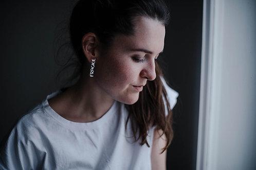 Adéla Pečlová – Náušnice Fragile