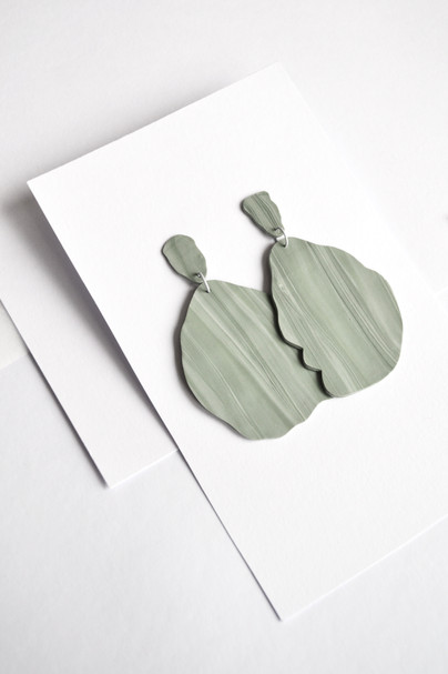 STUDIO MUUN | Velké zelené náušnice
