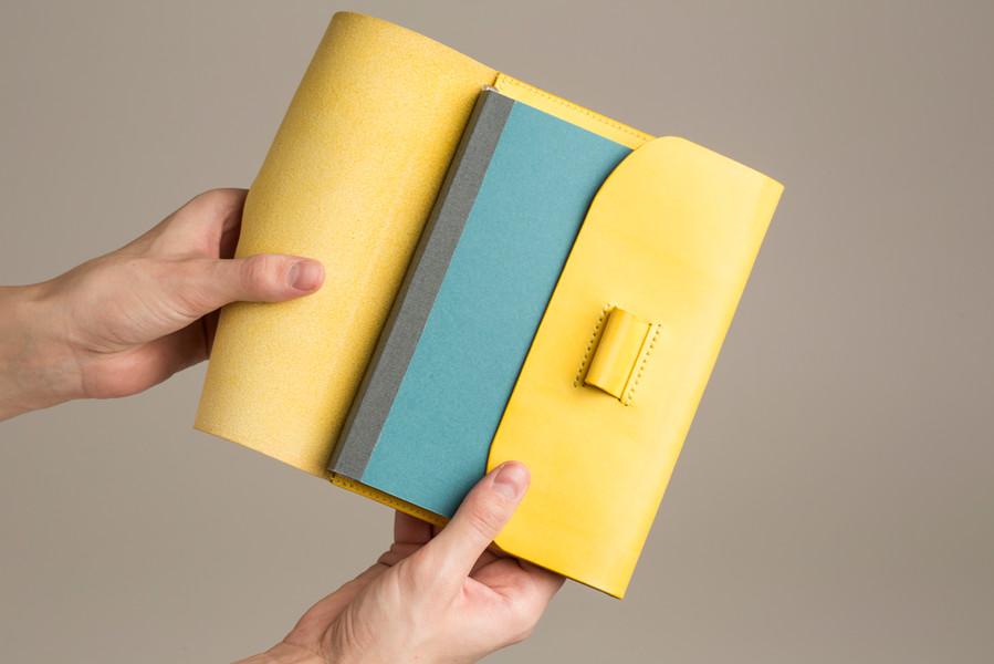 L/U | 1.2 zápisník v ruce