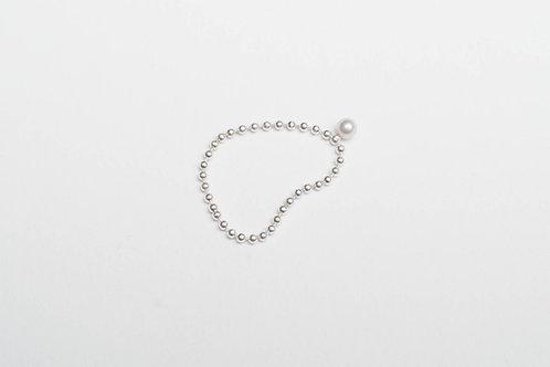 Adéla Pečlová – Řetízkový prsten s kuličkou stříbrný