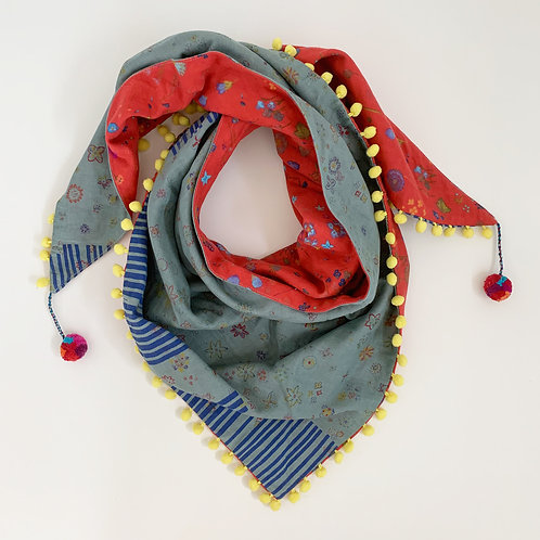 Primary Triangle Scarf